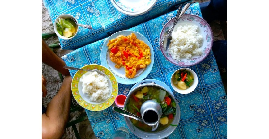 Eating in Upcountry Thailand